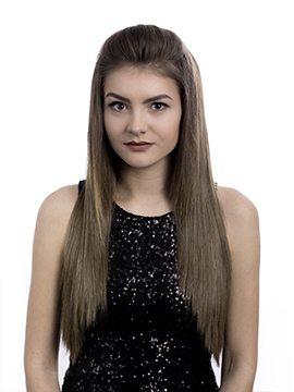 Kendall Straight Half-Head Wig